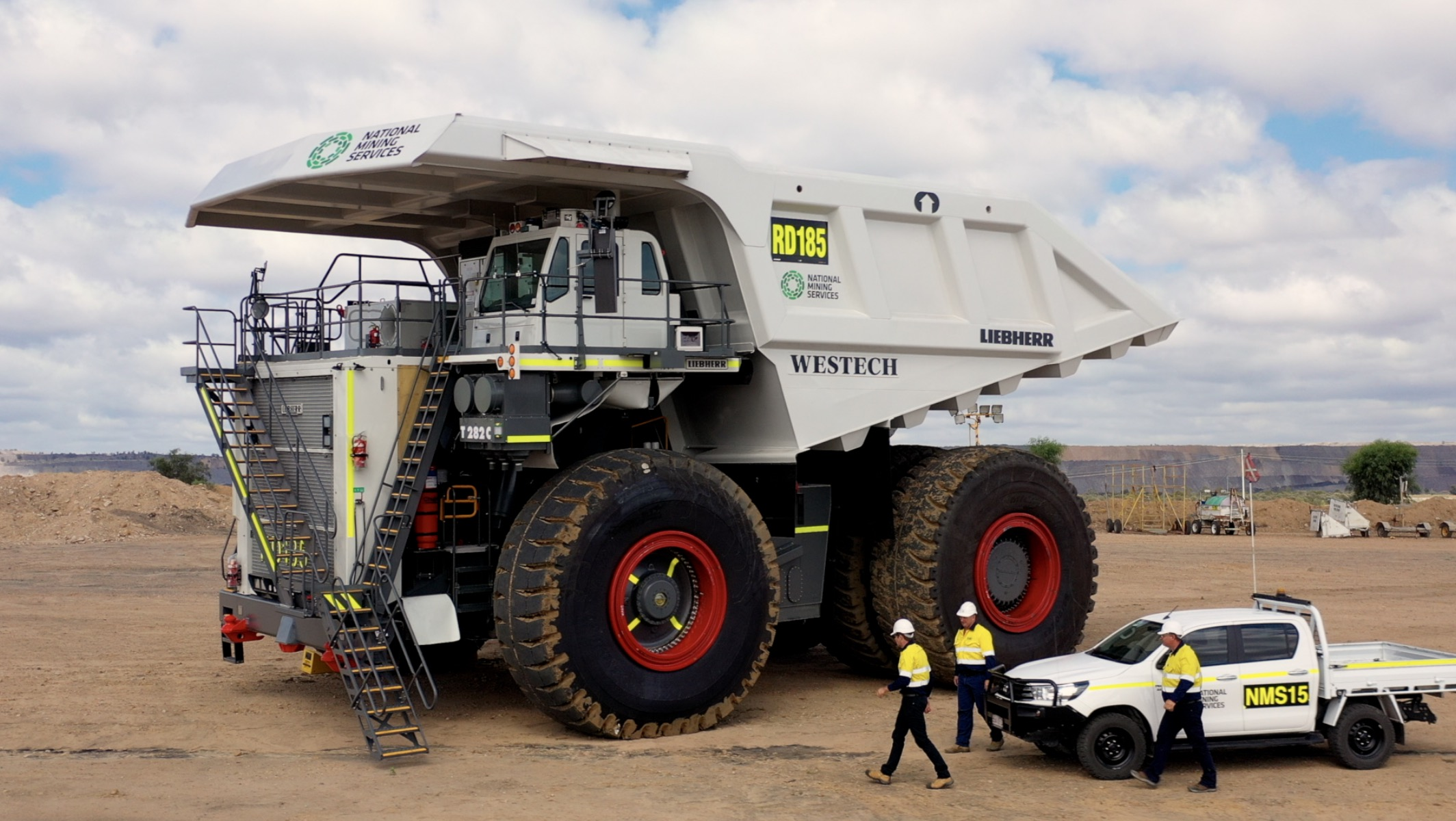 The World's Second Largest Mining Trucks